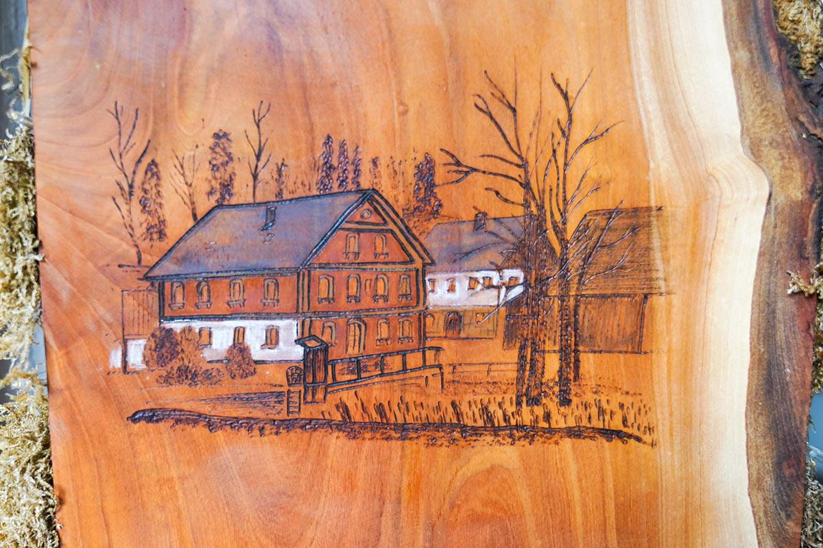 Schlehenmühle - Holzarbeit von Sandra Neuner